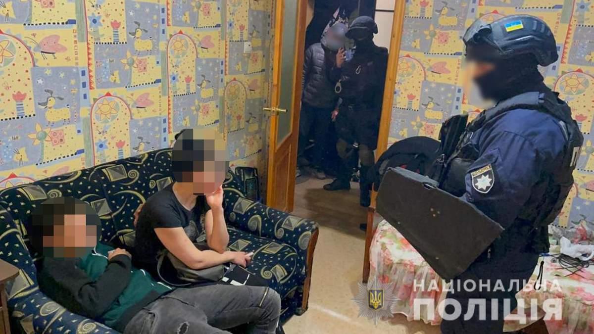 Полиция задержала подозреваемого в убийстве молодой пары в Харькове