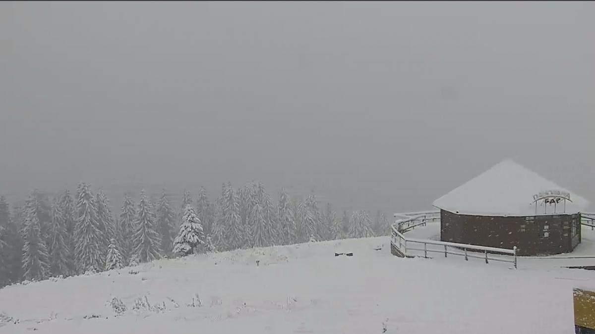 В Карпатах все еще зима: морозы и снег не отступают
