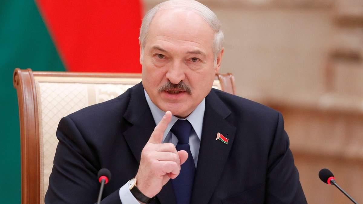 Лукашенко позбавив звань понад 80 силовиків за підтримку протестів