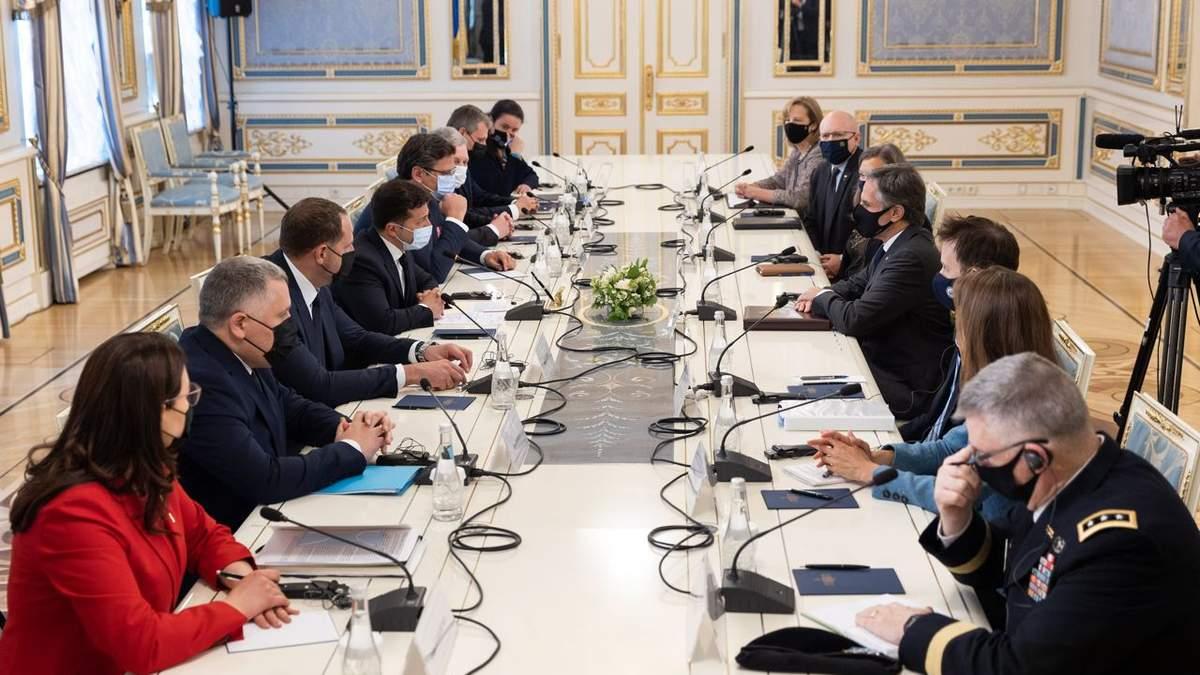 Агресія Росії та реформи: як минула зустріч Зеленського та Блінкена