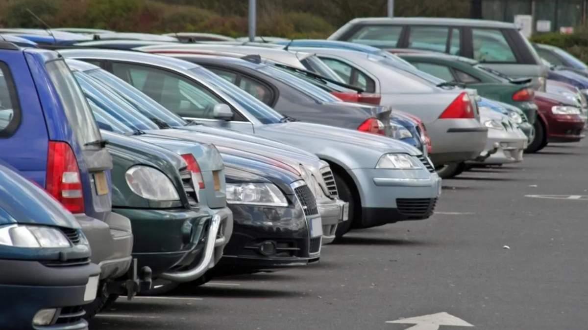 У Дніпрі значно подорожчає парковка: яка буде ціна