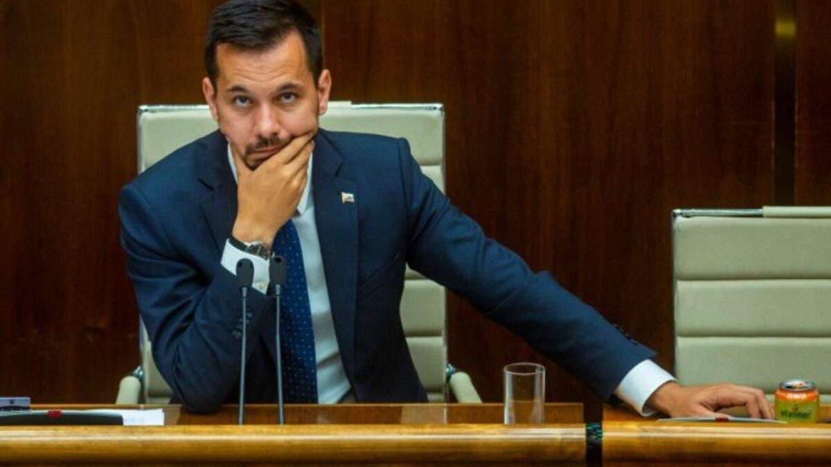 Віцеспікер парламенту Словаччини Юрай Шелига подав у відставку