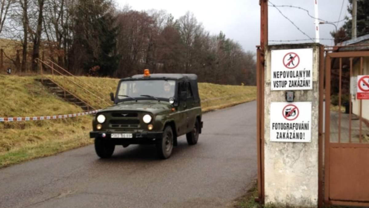 До вибухів у Врбетіце у Чехії може бути причетний третій росіянин