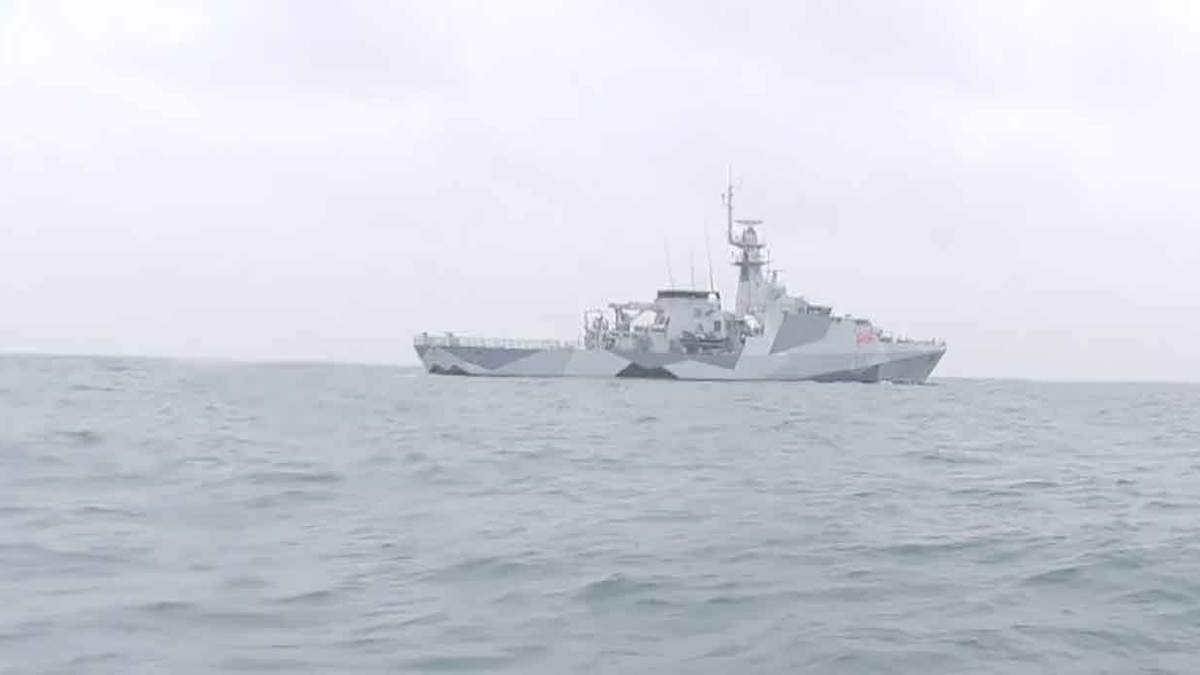 Велика Британія відводить військові кораблі з Джерсі