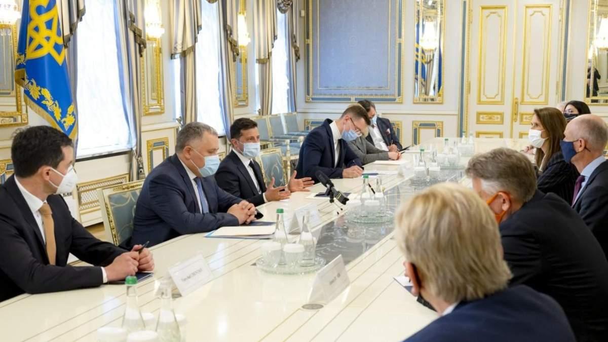 Зеленський поговорив про Донбас з главами МЗС з Бенілюксу