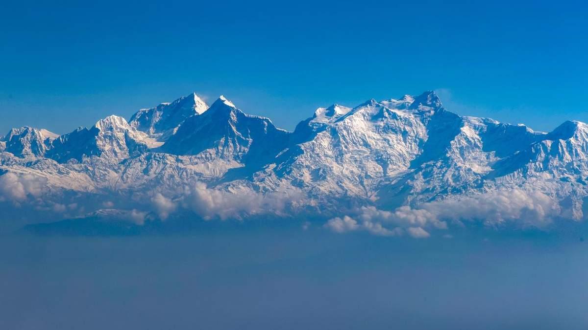 Украинских туристов спасли в Гималаях