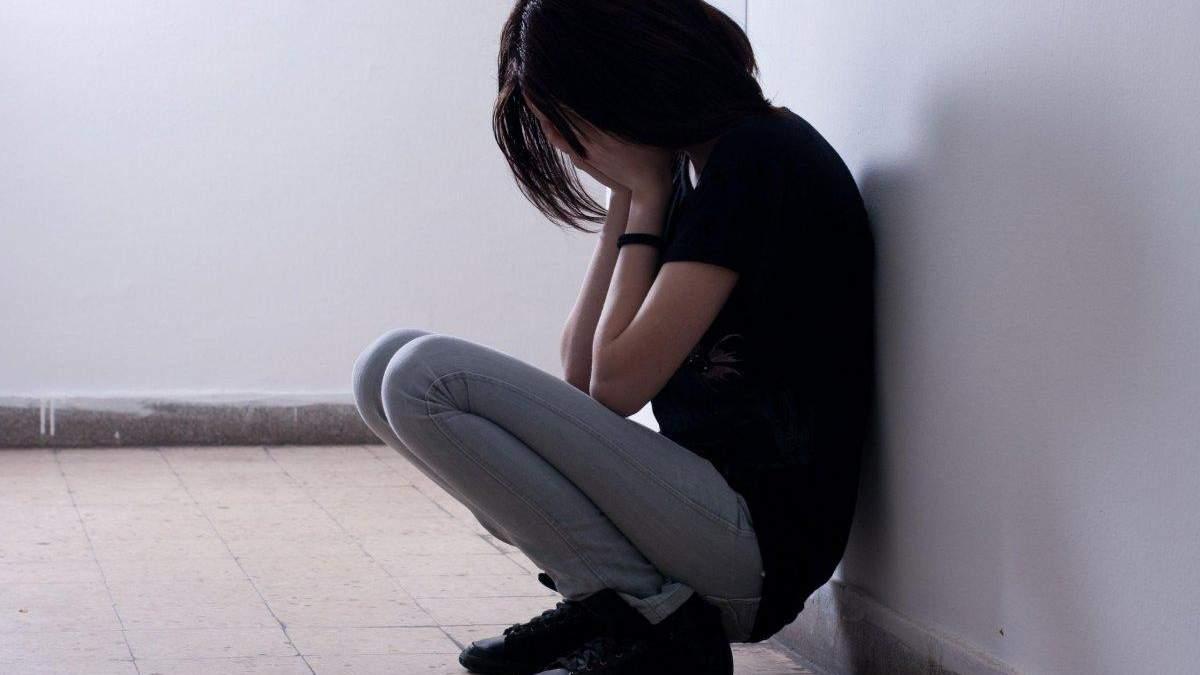 Засновник дитячого будинку на Дніпропетровщині ґвалтував  13-річну