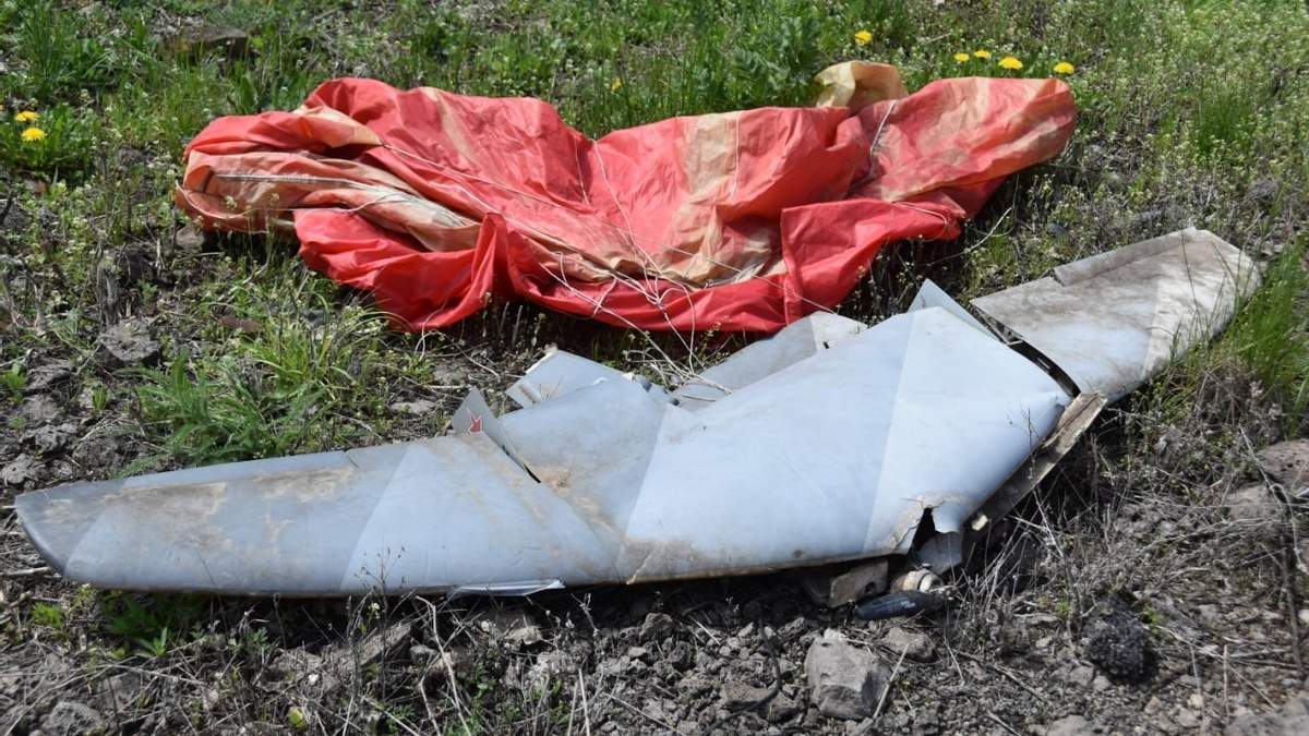 Украинские бойцы сбили беспилотники боевиков на Донбассе: фото