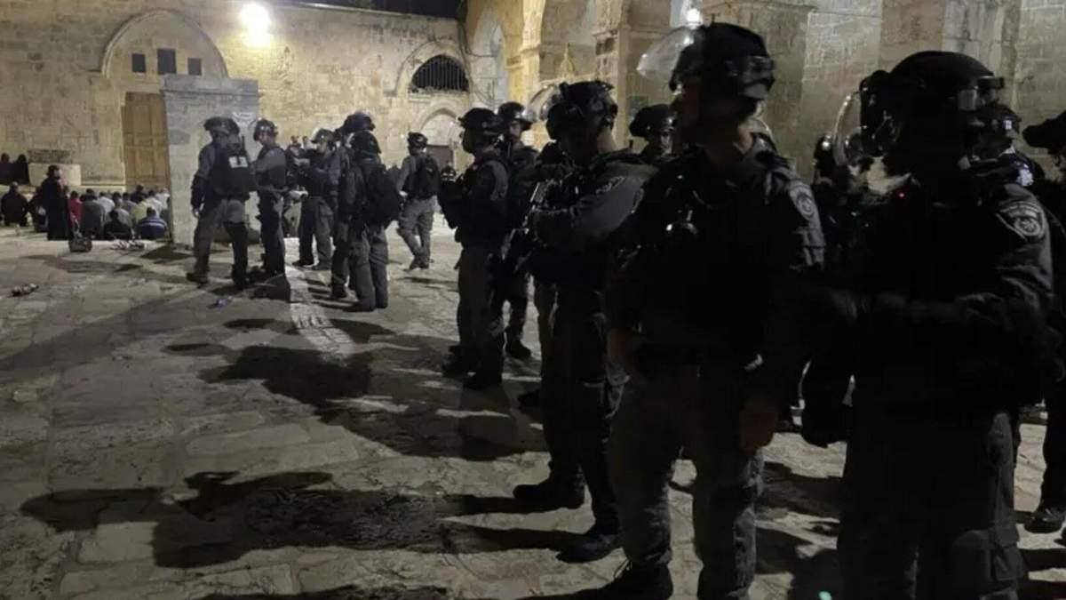 Столкновения на Храмовой горе в Иерусалиме: есть пострадавшие - видео