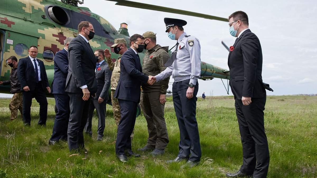 Зеленский с послами G7 и ЕС приехал на Луганщину 8 мая 2021: фото