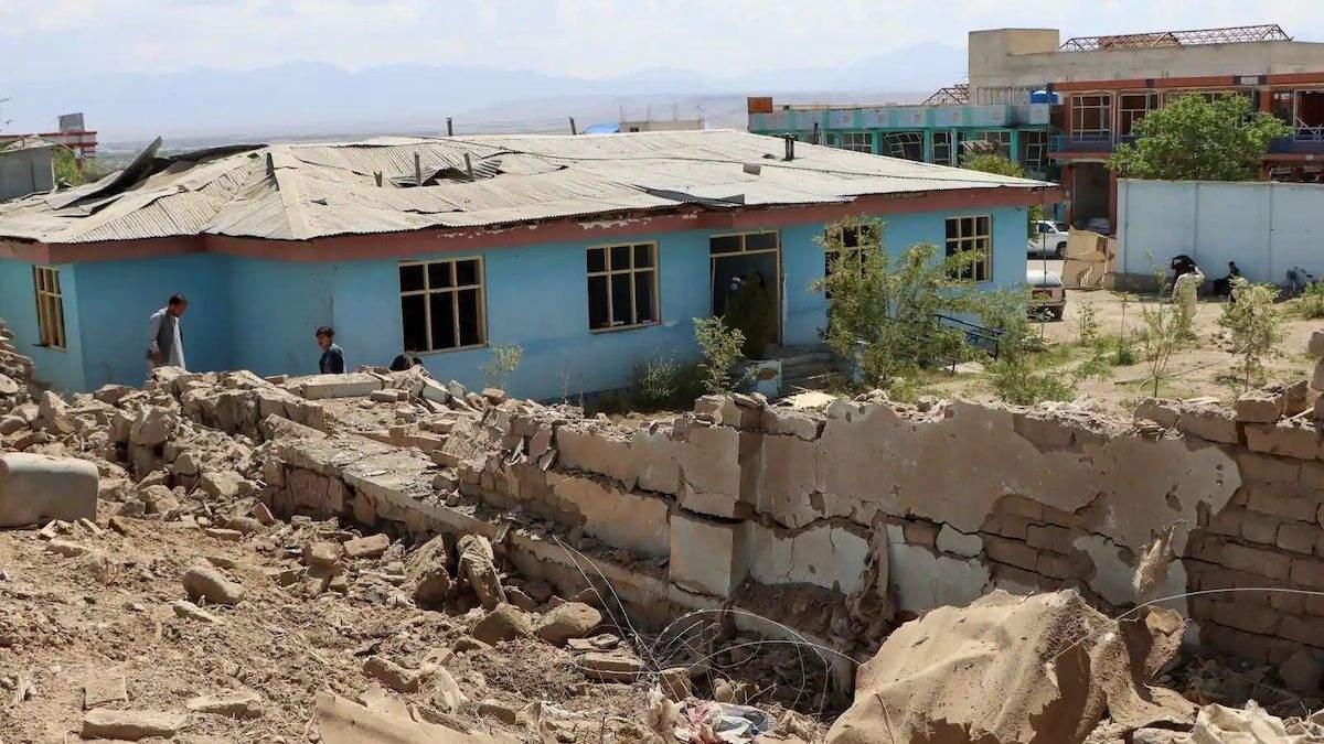Взрыв в школе Кабула: число жертв и пострадавших значительно возросло