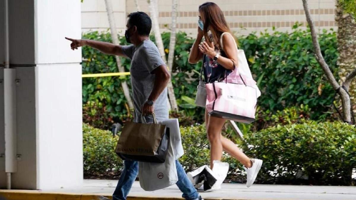 Стрельба в торговом центре Флориды: есть пострадавшие