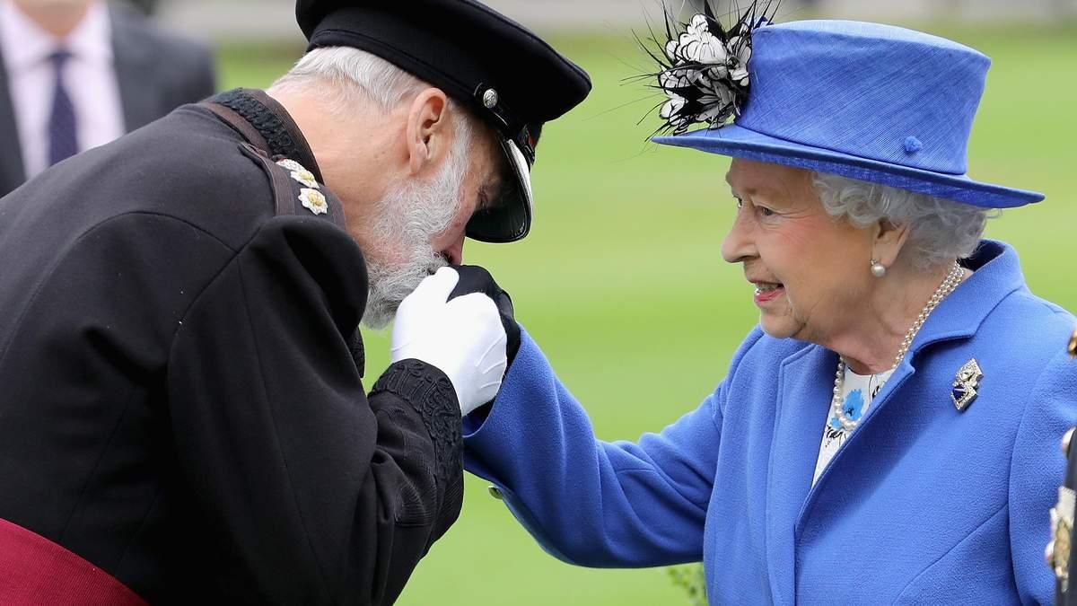 Соблазнился на золото: брат королевы Елизаветы II тайно продает свои связи с Кремлем, – СМИ
