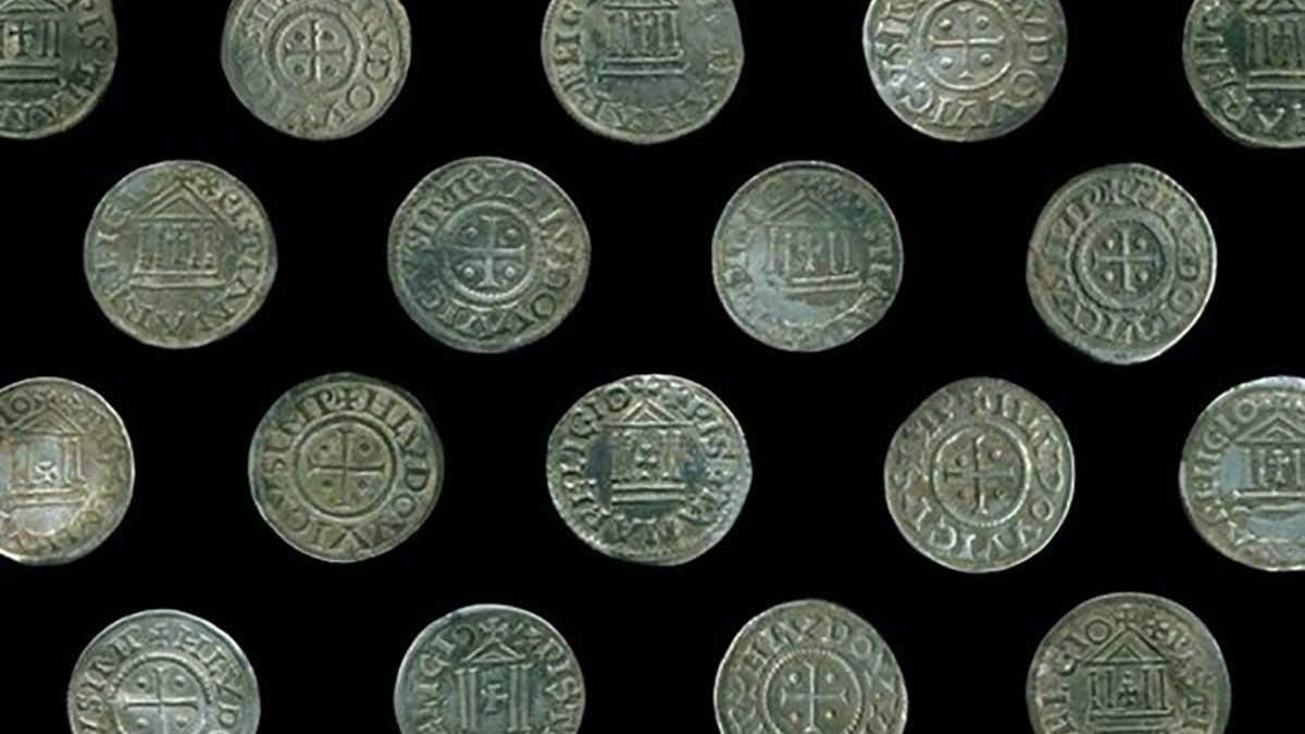 У Польщі знайшли рідкісні срібні монети, яким понад 100 років