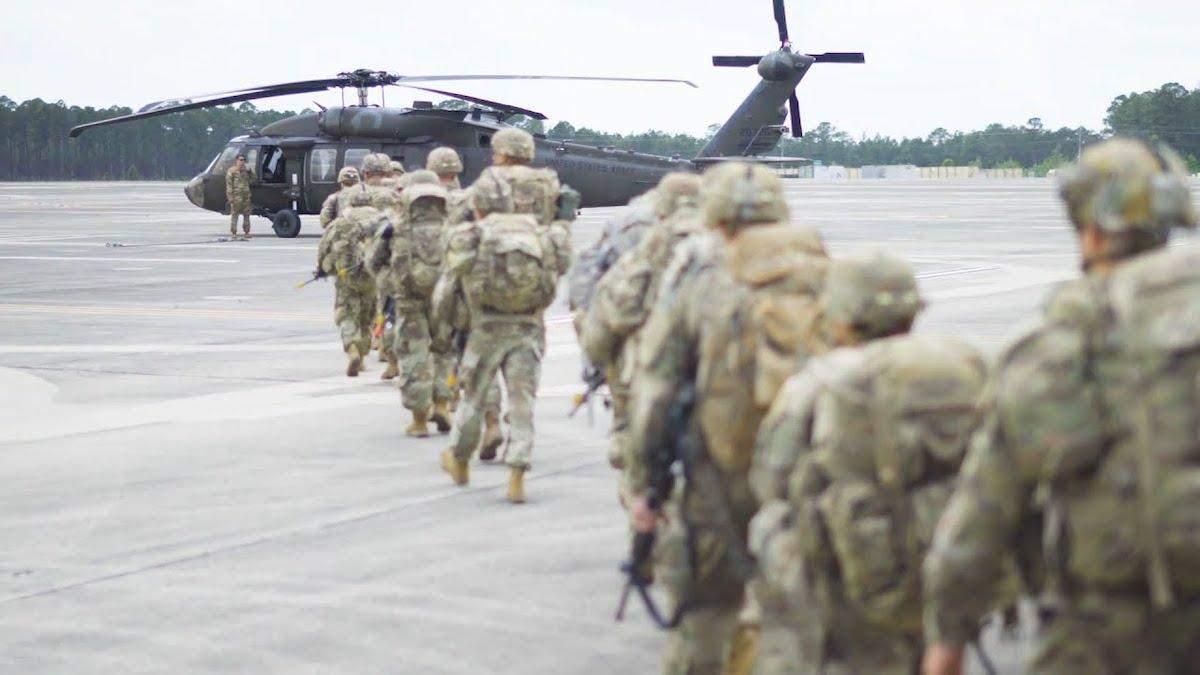 В Эстонии 10 десантников из США получили травмы: что случилось