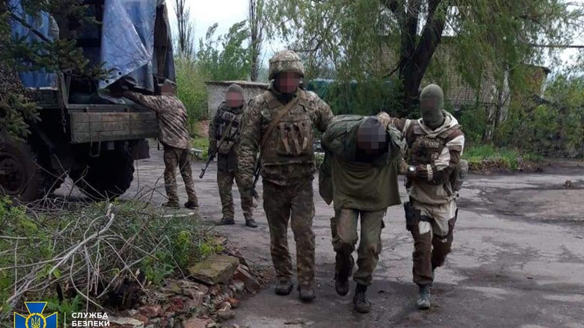 Біля лінії фронту на Донбасі спіймали розвідника бойовиків