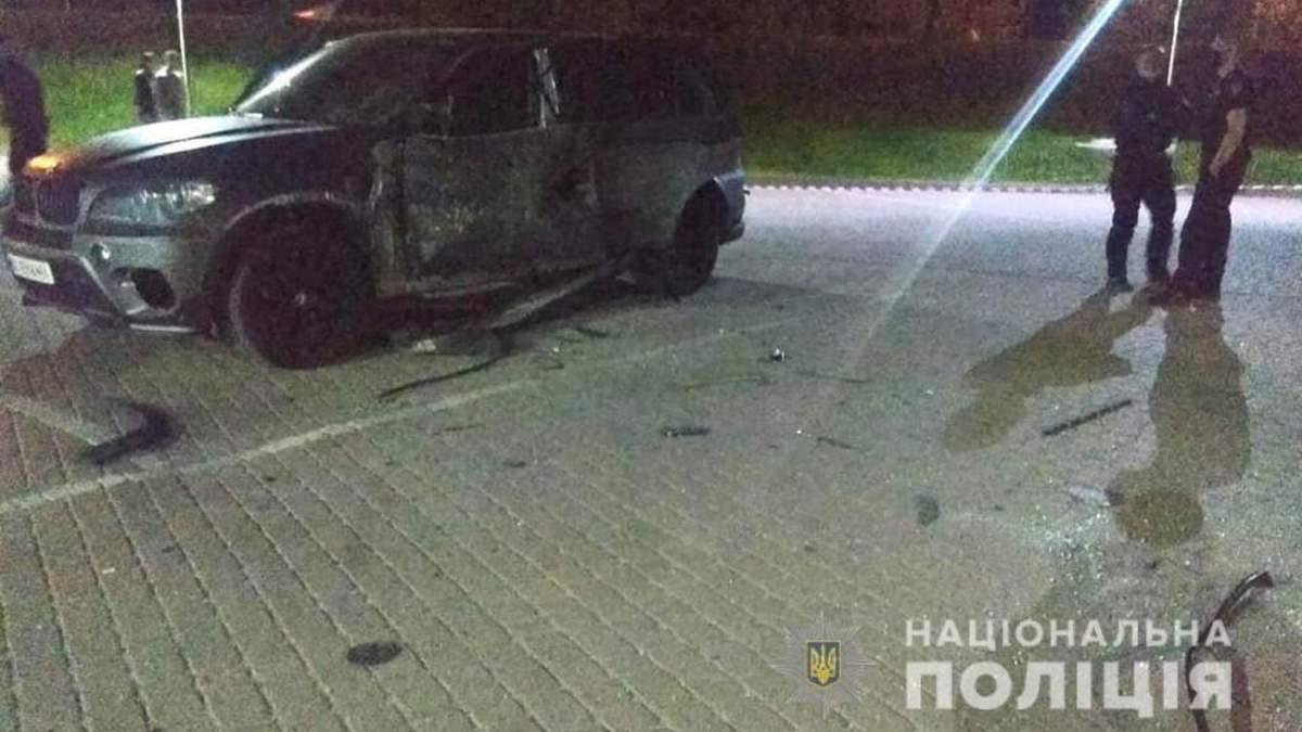 Обстрел авто с РПГ в Ивано-Франковске: полиция открыла дело