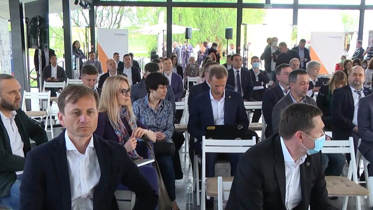 Весняний діловий форум на Львівщині про бізнес та COVID-19