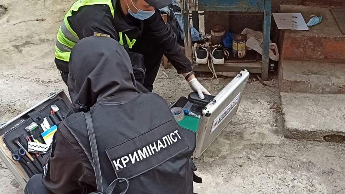 Ограбили и спрятали тело в диван: убийство в Одессе - видео