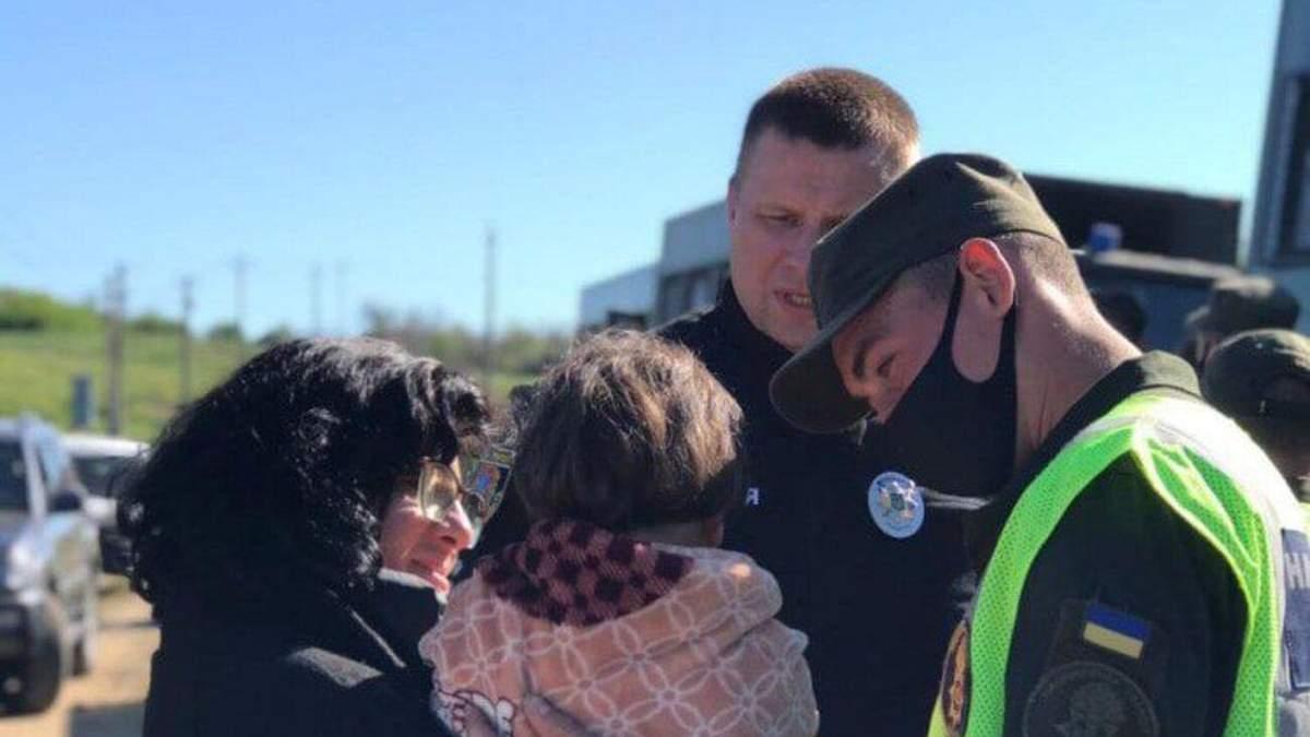 Дуже злякана: на Одещині рятувальники відшукали 4-річну дівчинку