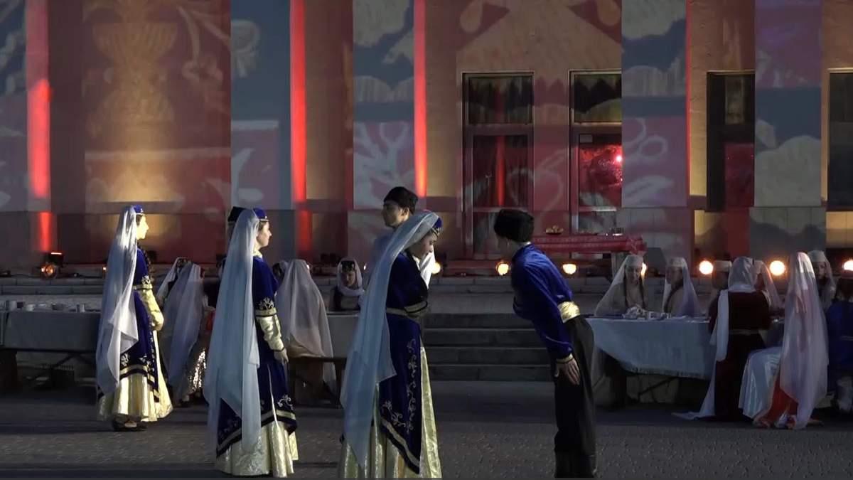 Вечір-реквієм: у Херсоні вшанували жертв геноциду кримськотатарського народу