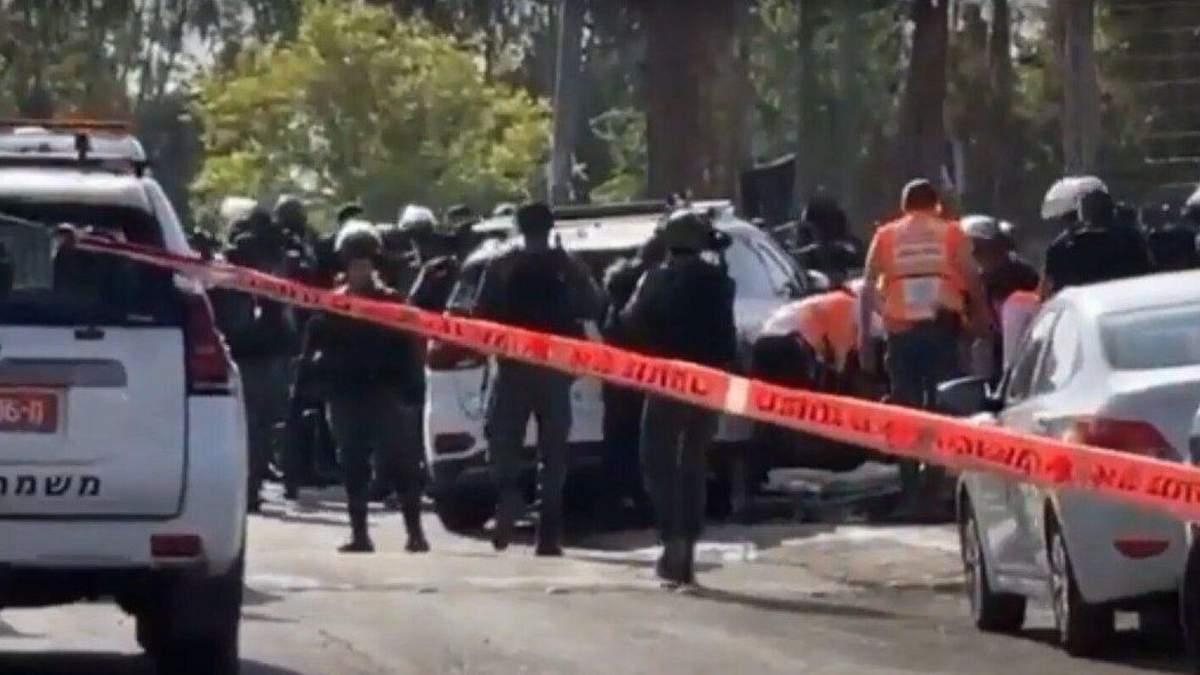 Автомобіль в'їхав у натовп в Єрусалимі: є постраждалі
