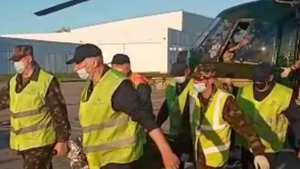 В Днепре вертолетом эвакуировали бойца ВСУ, раненого в Донбассе
