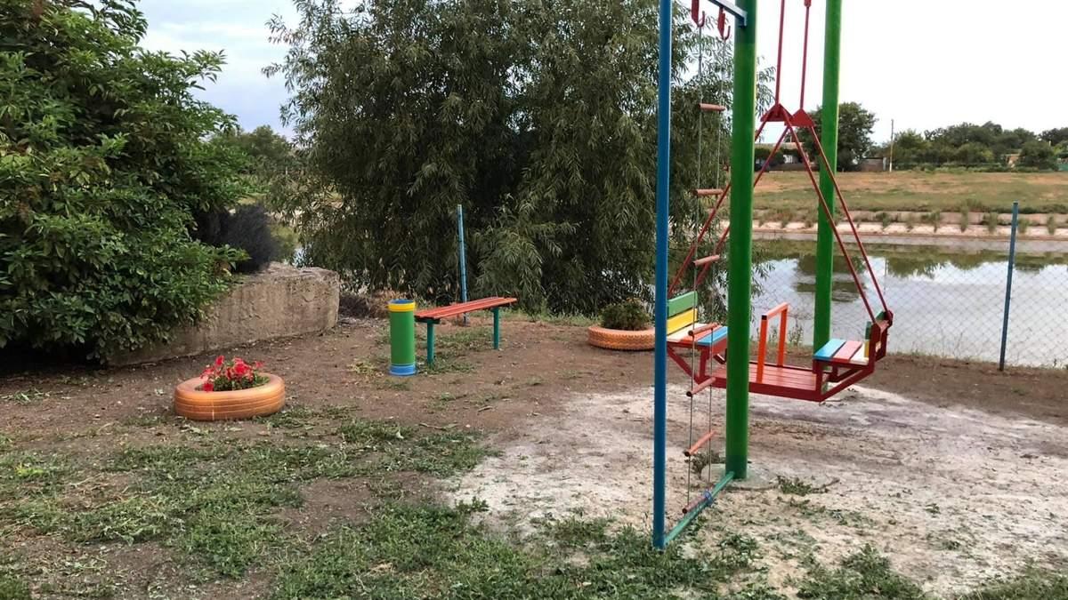 Бойовики на Донбасі стріляють з дитячих майданчиків