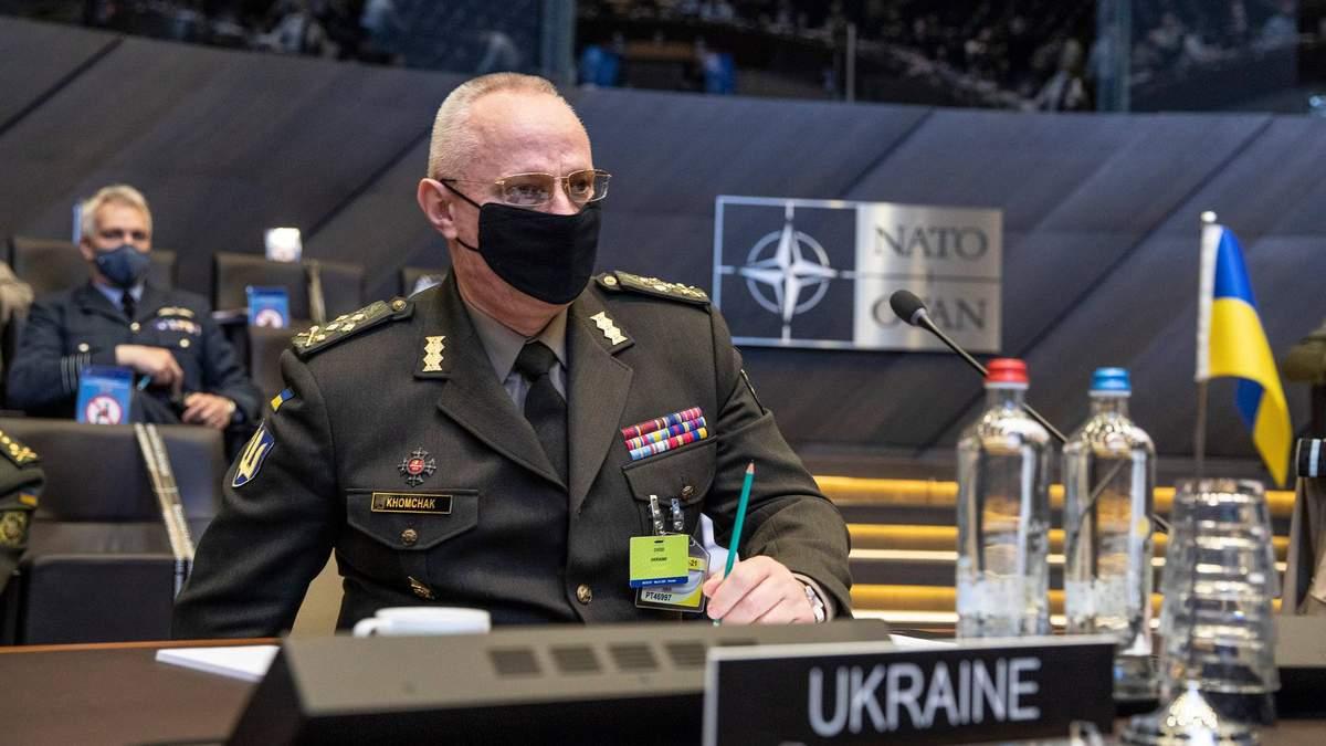 Росія досі тримає 80 тисяч військових біля кордону України, – Хомчак