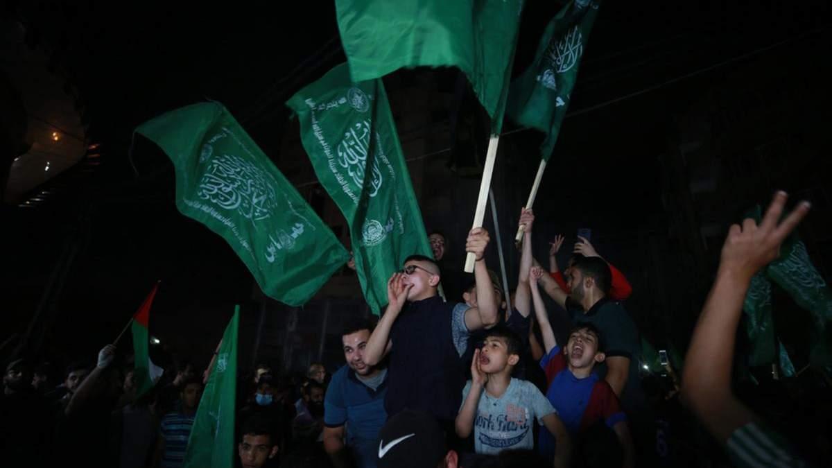 Палестинці відсвяткували перемир'я салютами – фото, відео