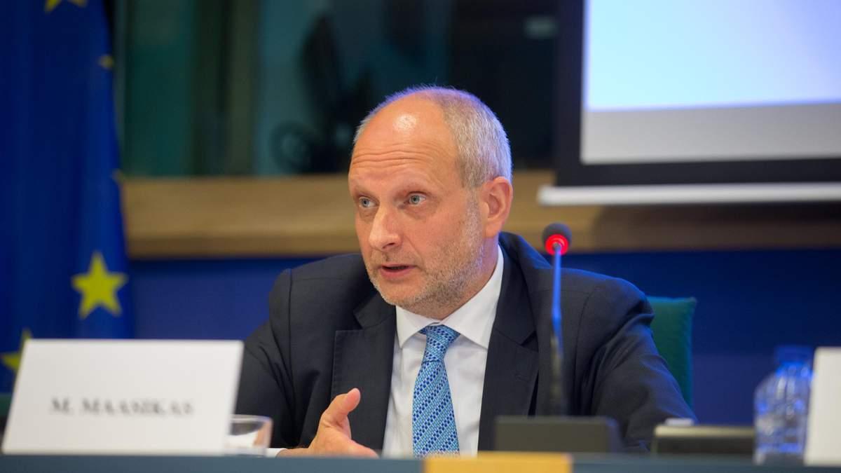 Що потрібно для успішного запуску ринку землі, – посол ЄС в Україні