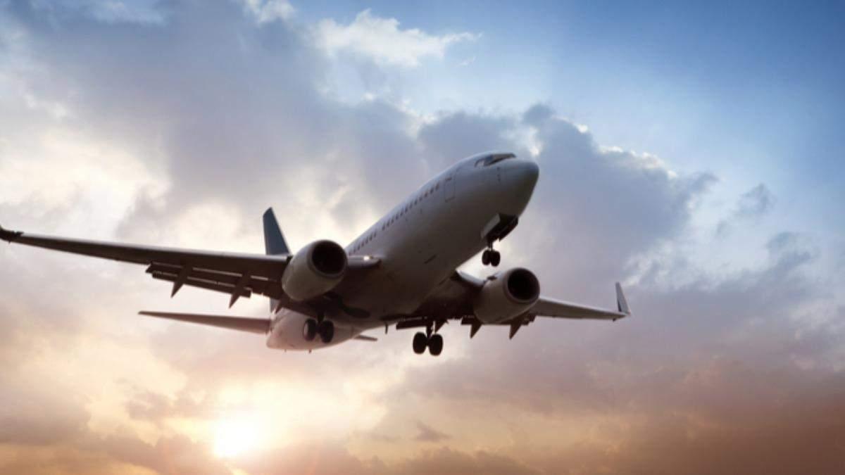 Ще 2 європейські авіакомпанії зупиняють польоти над Білоруссю