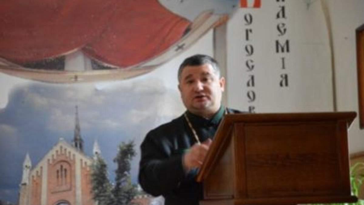 Священник-перебіжчик: УГКЦ відлучила від церкви Івана Гарата