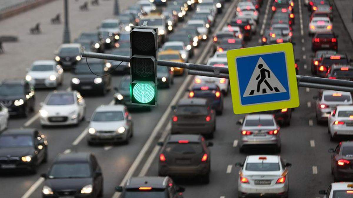 Пробки в Киеве 1 июня: где трудно проехать