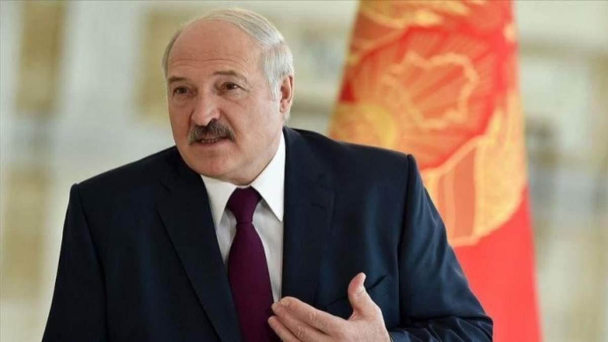 Лукашенко де-факто визнав бойовиків на Донбасі: реакція ТКГ