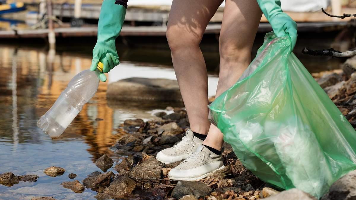 За розповсюдження пластикових пакетів будуть штрафувати
