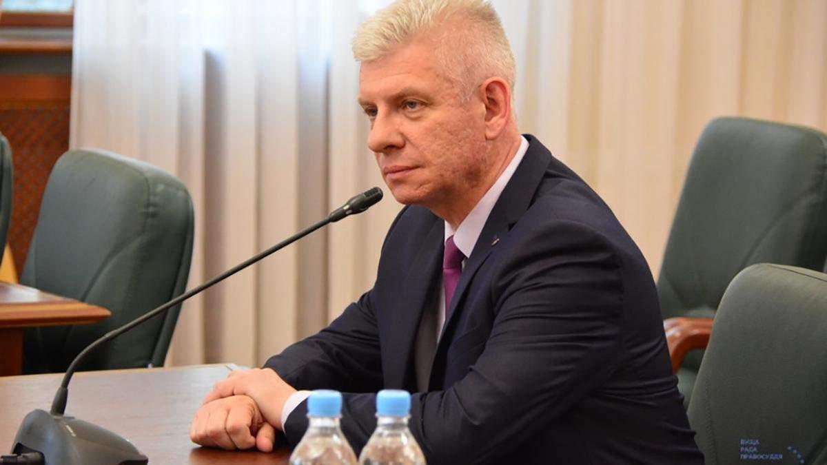 Суддя Сердюк пропонував гроші поліцейським: у ВРП його  покривають