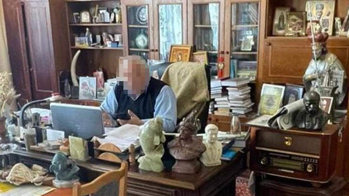 Переполох в киевском Институте рыбного хозяйства: арестовали директора, провели обыски