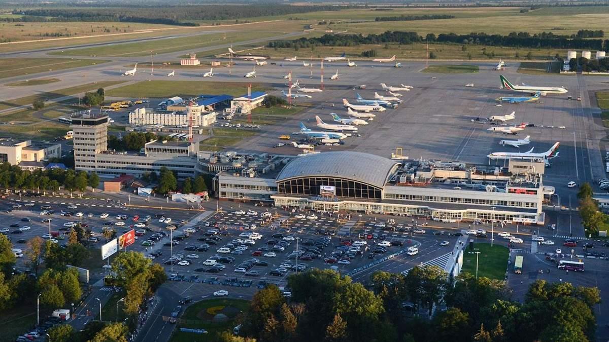 У Борисполі через повідомлення про замінування обшукали літак
