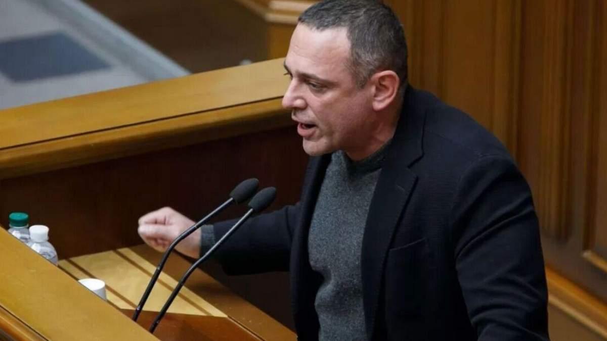 Скандальный Бужанский просил компенсацию за аренду жилья в Киеве