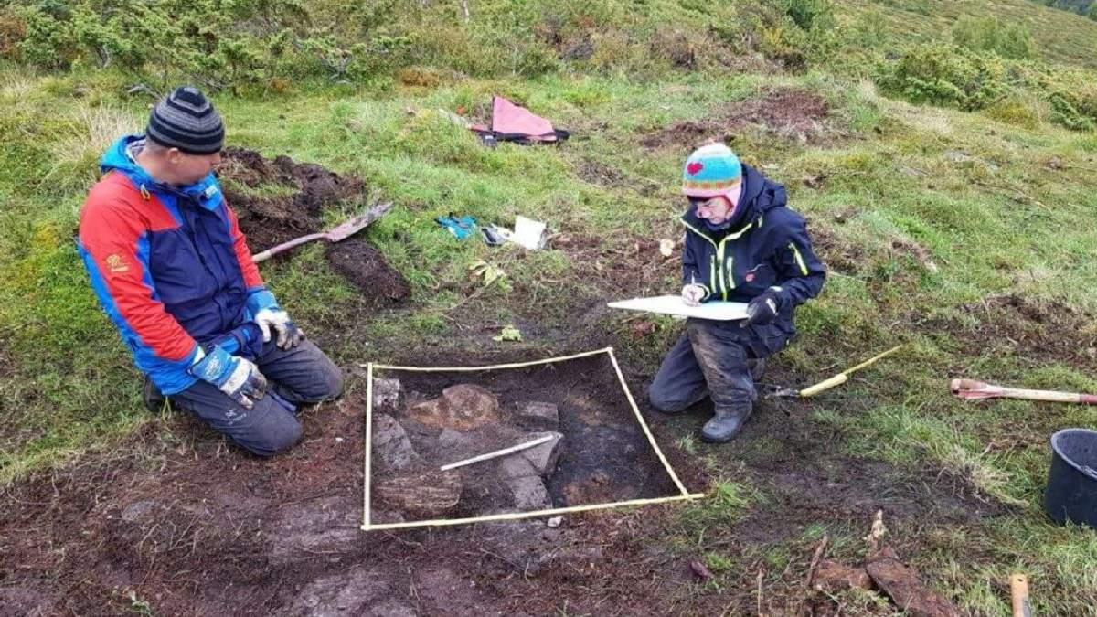 У Норвегії під льодом відкопали давнє поселення епохи вікінгів
