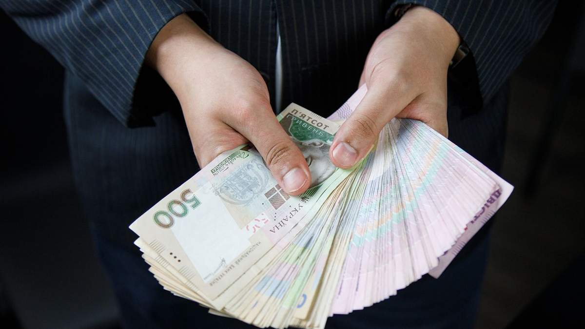 Скористались компенсаціями: найбагатші депутати, які отримують бюджетні гроші на оренду