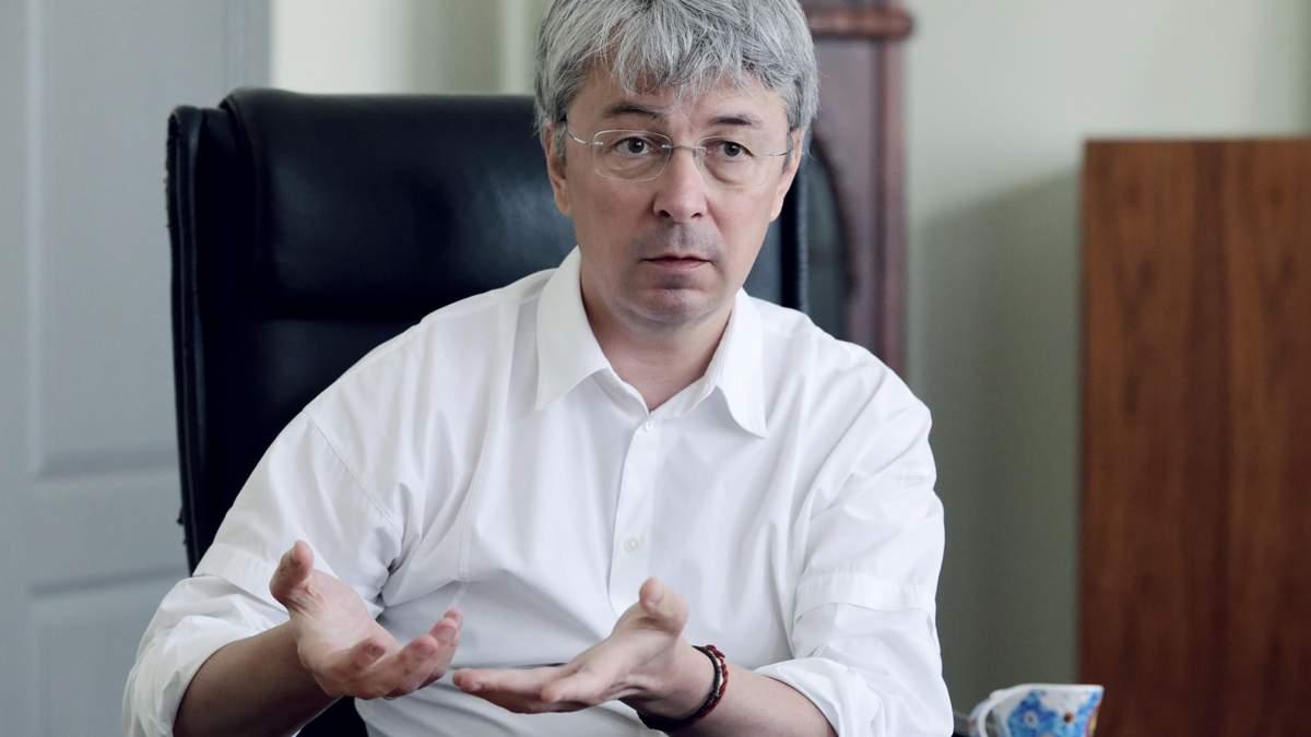 Досить нас вчити, подивіться на себе, – Ткаченко про заяви влади Росії