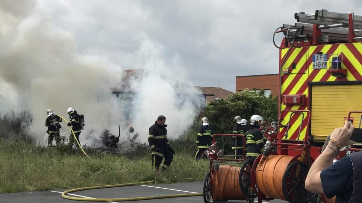 Во Франции разбился легкомоторный самолет 12 июня 2021: есть погибшие