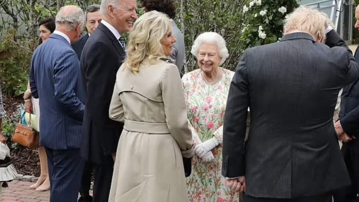 Байден порушив королівський протокол на саміті Великої сімки