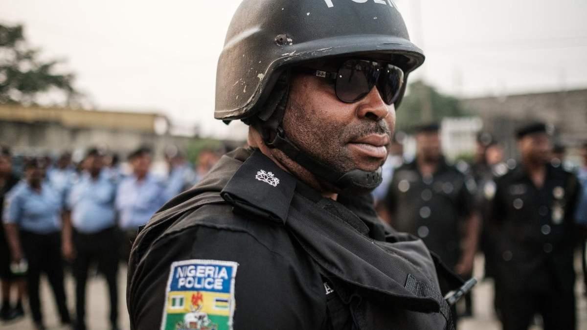 В Нигерии бандиты массово штурмуют села: убили 53 человека