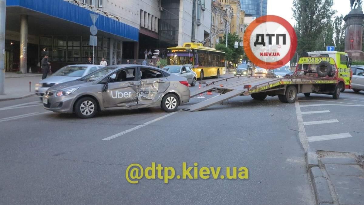 ДТП на бульваре Шевченко: мотоциклист погиб от удара в такси