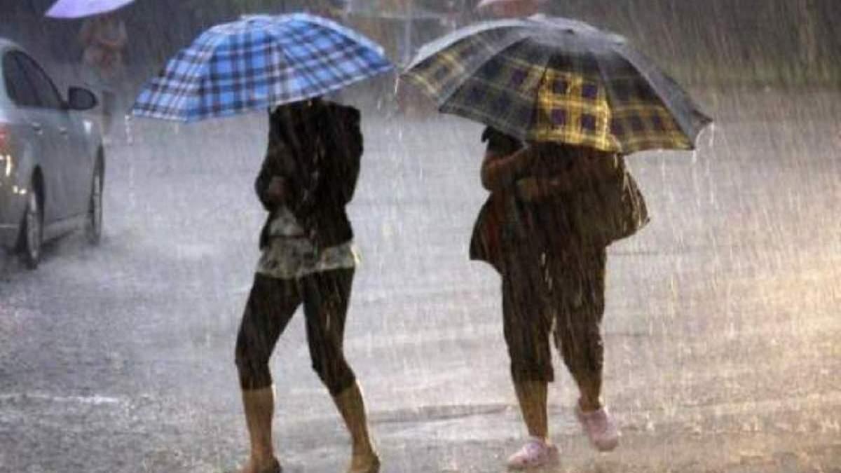 Шквалы, град и грозы: в каких областях Украины вновь ухудшится погода