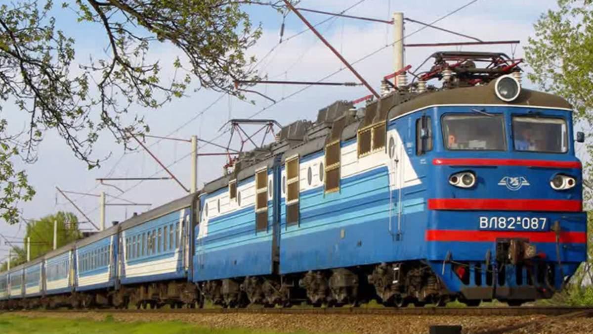 На Львовщине 2 человек попали под колеса поездов: погибла женщина