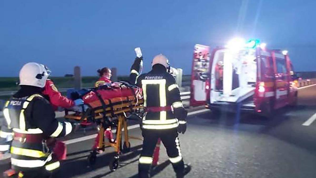 Аварія автобуса з українцями у Румунії: кількість жертв зросла